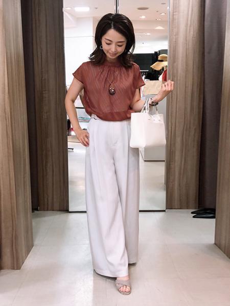 VICKYのツイルパンツを使ったコーディネートを紹介します。|Rakuten Fashion(楽天ファッション/旧楽天ブランドアベニュー)1040471
