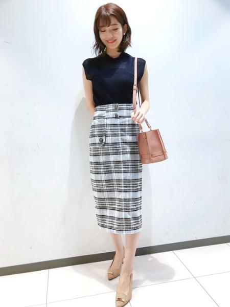 Noelaのバックストラップパンプスを使ったコーディネートを紹介します。|Rakuten Fashion(楽天ファッション/旧楽天ブランドアベニュー)1042050