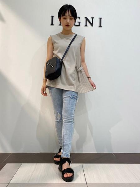 INGNIのコーディネートを紹介します。 Rakuten Fashion(楽天ファッション/旧楽天ブランドアベニュー)1042373