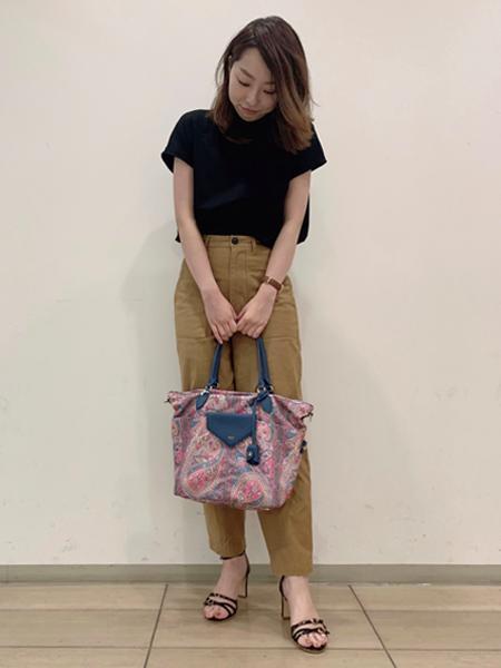 LOWELL Thingsのフラップナイロントート2を使ったコーディネートを紹介します。 Rakuten Fashion(楽天ファッション/旧楽天ブランドアベニュー)1042519