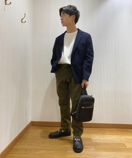 SHIPSのSHIPS any: 【洗濯機で洗える】ウールライク セットアップ ストレッチスーツを使ったコーディネートを紹介します。|Rakuten Fashion(楽天ファッション/旧楽天ブランドアベニュー)1043033