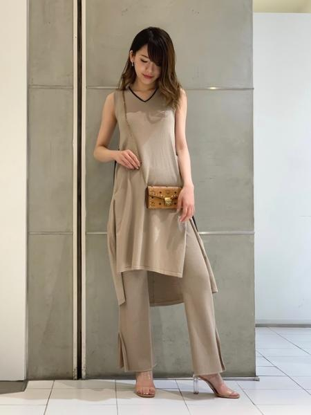 LOVELESSの【LOVELESS×otona MUSE】リブ ニットパンツを使ったコーディネートを紹介します。|Rakuten Fashion(楽天ファッション/旧楽天ブランドアベニュー)1043138
