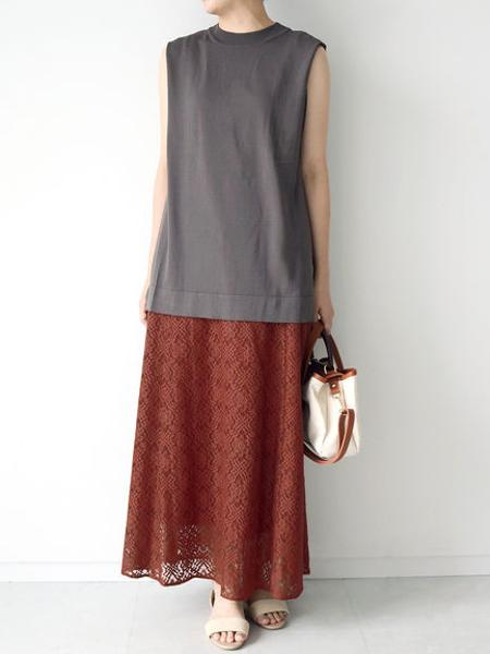 Te chichiのTe chichi TERRASSE/ノースリプルオーバーを使ったコーディネートを紹介します。|Rakuten Fashion(楽天ファッション/旧楽天ブランドアベニュー)1043320