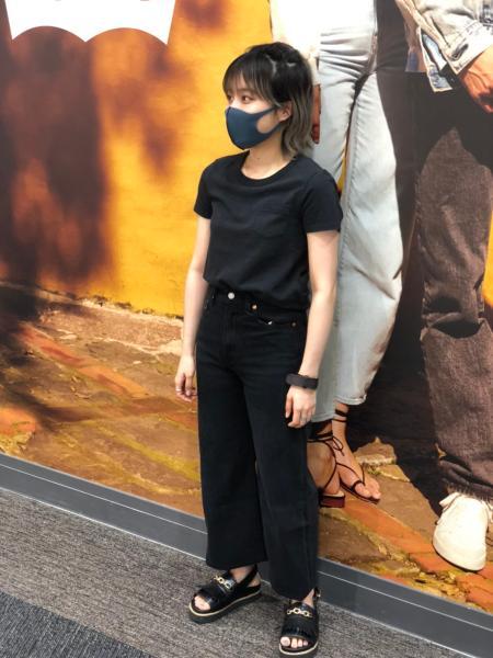 Levi'sのHERITAGE Tシャツ CAVIARを使ったコーディネートを紹介します。|Rakuten Fashion(楽天ファッション/旧楽天ブランドアベニュー)1043456