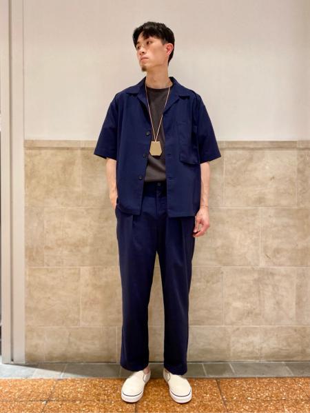417 EDIFICEの【 FAMOUS DEPARTMENT STORE / フェイマス デパートメント ストア】 プリントT S/Sを使ったコーディネートを紹介します。|Rakuten Fashion(楽天ファッション/旧楽天ブランドアベニュー)1044011
