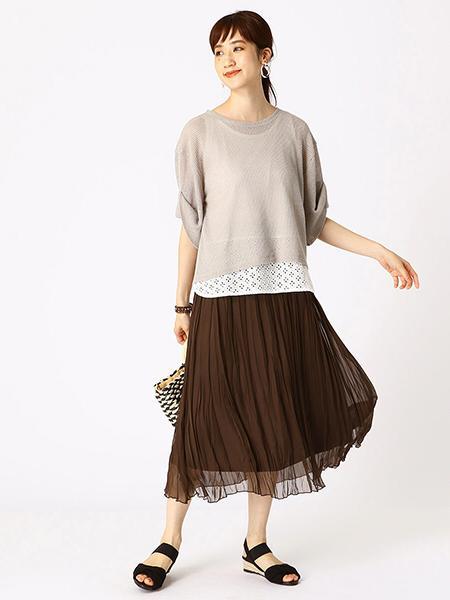 COMME CA ISMのランダム プリーツスカート シアーを使ったコーディネートを紹介します。|Rakuten Fashion(楽天ファッション/旧楽天ブランドアベニュー)1044391