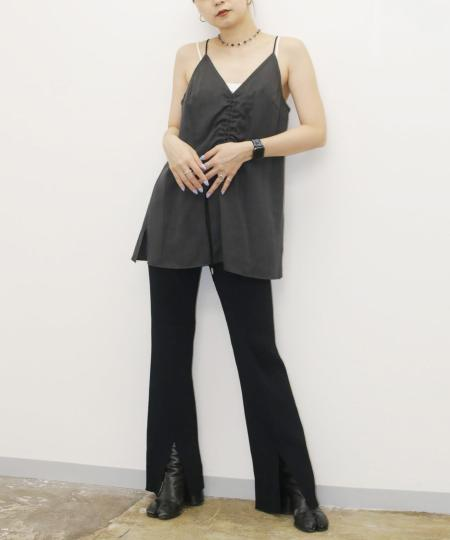 grapevine by k3のG.V.G.V./(W)DRAWSTRING CAMI TOPを使ったコーディネートを紹介します。|Rakuten Fashion(楽天ファッション/旧楽天ブランドアベニュー)1044695
