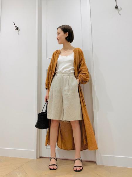 URBAN RESEARCHのリネンショートパンツを使ったコーディネートを紹介します。 Rakuten Fashion(楽天ファッション/旧楽天ブランドアベニュー)1045023