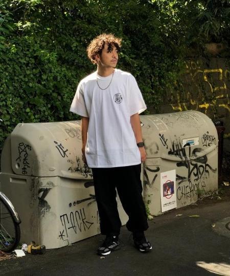 BEAMS TのF-LAGSTUF-F / -Delivery Hells- ENMA Tシャツを使ったコーディネートを紹介します。|Rakuten Fashion(楽天ファッション/旧楽天ブランドアベニュー)1045061