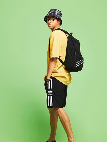 adidasの(M)LOCK UP SHORTSを使ったコーディネートを紹介します。|Rakuten Fashion(楽天ファッション/旧楽天ブランドアベニュー)1045385