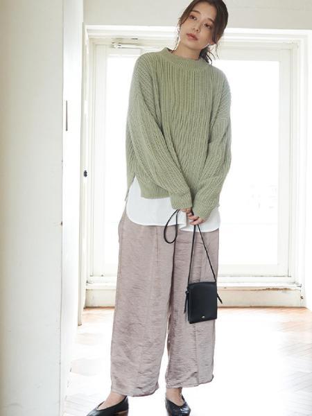 ROPE' PICNICの【WEB限定カラー:グリーン】ガジェットショルダーバッグを使ったコーディネートを紹介します。|Rakuten Fashion(楽天ファッション/旧楽天ブランドアベニュー)1046027