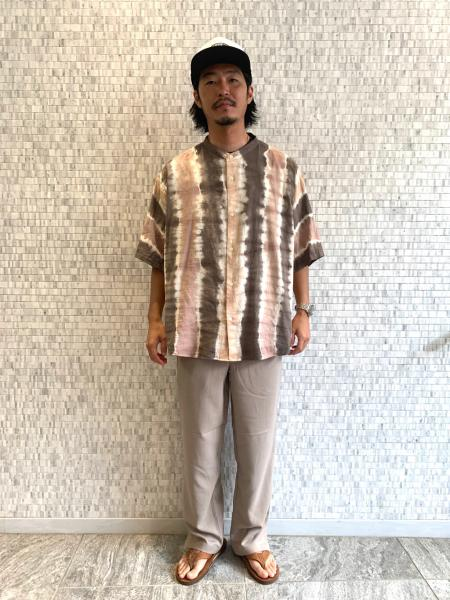 JOURNAL STANDARDのACTIONEASYグロッシーツイル スリットを使ったコーディネートを紹介します。|Rakuten Fashion(楽天ファッション/旧楽天ブランドアベニュー)1046040