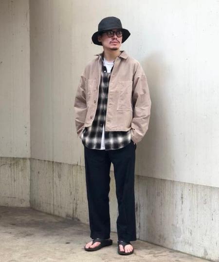 BEAMS MENのBEAMS / コーデュロイ ワイド ブルゾンを使ったコーディネートを紹介します。|Rakuten Fashion(楽天ファッション/旧楽天ブランドアベニュー)1046684