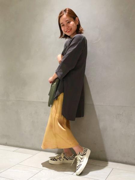 JOURNAL STANDARDのワッフルポンチョTシャツ◆を使ったコーディネートを紹介します。|Rakuten Fashion(楽天ファッション/旧楽天ブランドアベニュー)1046791