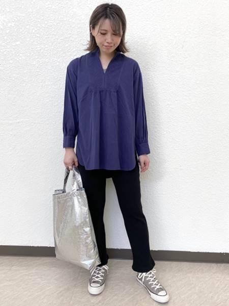 SHIPSのSHIPS any:オーバーダイ ピンタックチュニックシャツを使ったコーディネートを紹介します。 Rakuten Fashion(楽天ファッション/旧楽天ブランドアベニュー)1047149