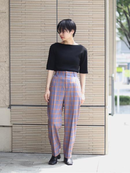 JOINT WORKSのJW タックテーパーパンツ◆を使ったコーディネートを紹介します。 Rakuten Fashion(楽天ファッション/旧楽天ブランドアベニュー)1047451