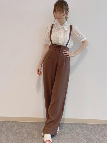 INGNIのレースUPサス付ワイドPTを使ったコーディネートを紹介します。|Rakuten Fashion(楽天ファッション/旧楽天ブランドアベニュー)1047963