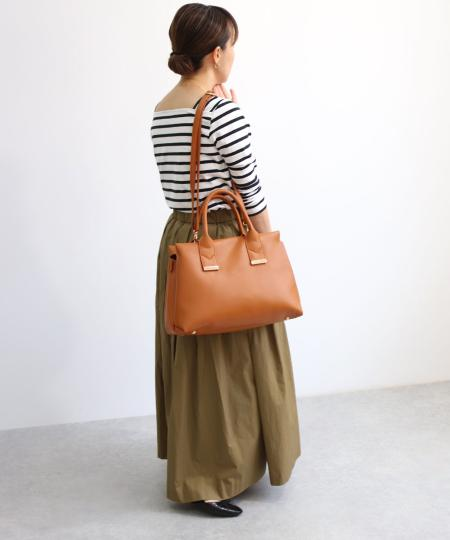 TrysilのT・S・L/ボストン2Wayバッグを使ったコーディネートを紹介します。 Rakuten Fashion(楽天ファッション/旧楽天ブランドアベニュー)1048472