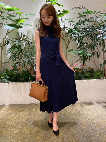 PINKY&DIANNEの綾二重セットアップブラウスを使ったコーディネートを紹介します。|Rakuten Fashion(楽天ファッション/旧楽天ブランドアベニュー)1048869