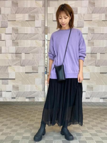 ADAM ET ROPE'のレザーミニポシェットを使ったコーディネートを紹介します。|Rakuten Fashion(楽天ファッション/旧楽天ブランドアベニュー)1049064
