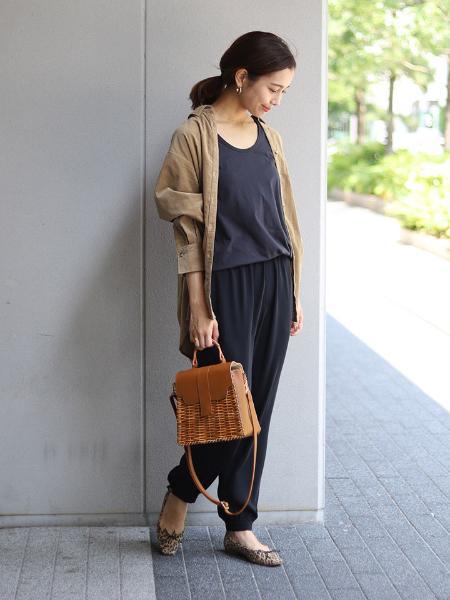 SLOBE IENAのライトコールロングシャツ◆を使ったコーディネートを紹介します。|Rakuten Fashion(楽天ファッション/旧楽天ブランドアベニュー)1049314