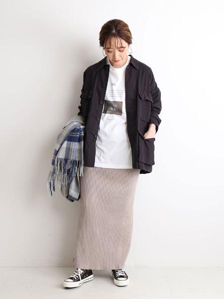 SLOBE IENAのリブニットロングスカート◆を使ったコーディネートを紹介します。 Rakuten Fashion(楽天ファッション/旧楽天ブランドアベニュー)1049271