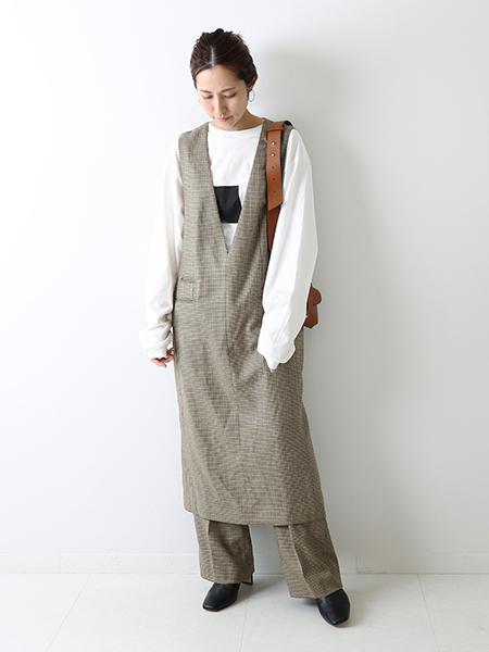 FRAMeWORKのハウンドトゥース ジャンパースカートを使ったコーディネートを紹介します。|Rakuten Fashion(楽天ファッション/旧楽天ブランドアベニュー)1050166