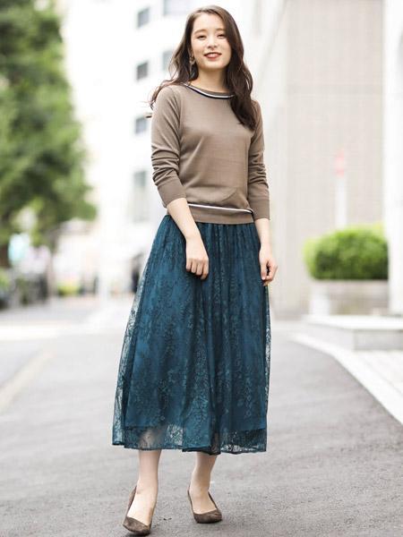 MK MICHEL KLEINの【洗える】ギャザーレーススカートを使ったコーディネートを紹介します。 Rakuten Fashion(楽天ファッション/旧楽天ブランドアベニュー)1050602