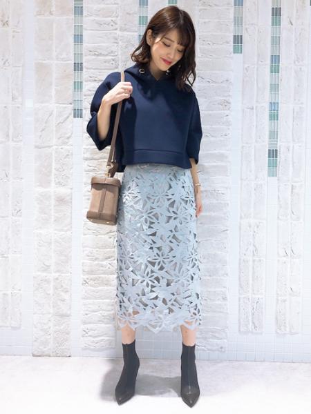 Noelaのトゥ切替ブーツを使ったコーディネートを紹介します。|Rakuten Fashion(楽天ファッション/旧楽天ブランドアベニュー)1051101