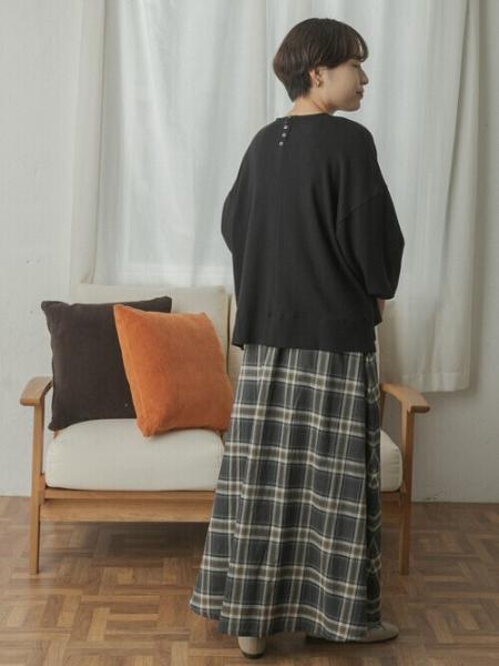 URBAN RESEARCH DOORSのFORK&SPOON ギャザースリーブプルオーバーを使ったコーディネートを紹介します。|Rakuten Fashion(楽天ファッション/旧楽天ブランドアベニュー)1051677