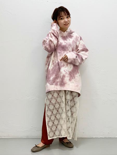 JOURNAL STANDARDのRussellベッチュウ タイダイフーディを使ったコーディネートを紹介します。 Rakuten Fashion(楽天ファッション/旧楽天ブランドアベニュー)1051735