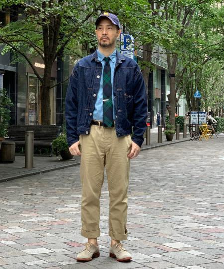 BEAMS MENのBEAMS PLUS / シャンブレー ボタンダウン シャツ 19を使ったコーディネートを紹介します。 Rakuten Fashion(楽天ファッション/旧楽天ブランドアベニュー)1051739