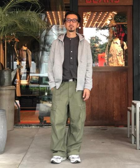 BEAMS MENのLOOPWHEELER*BEAMS PLUS / 別注 スリム スウェットパーカーを使ったコーディネートを紹介します。|Rakuten Fashion(楽天ファッション/旧楽天ブランドアベニュー)1052721