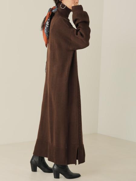 Bou Jeloudの針抜きデザインニットロングワンピースを使ったコーディネートを紹介します。|Rakuten Fashion(楽天ファッション/旧楽天ブランドアベニュー)1052850