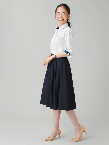 BRICK HOUSE by Tokyo Shirtsの(W)形態安定 ノーアイロン 七分袖ワイシャツ レギュラー衿 白×ブルー系チェックを使ったコーディネートを紹介します。 Rakuten Fashion(楽天ファッション/旧楽天ブランドアベニュー)1053104