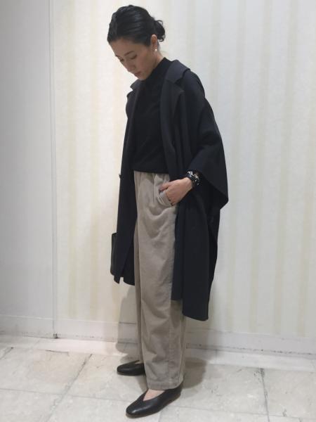 HUMAN WOMANの◆製品染・ソフトコーデュロイパンツを使ったコーディネートを紹介します。|Rakuten Fashion(楽天ファッション/旧楽天ブランドアベニュー)1053075