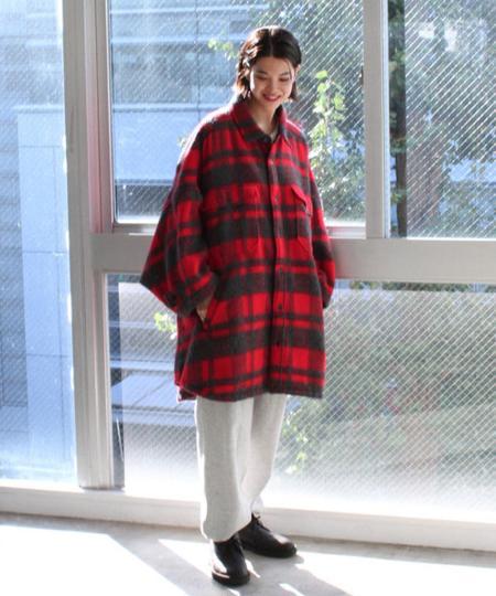BEAMS MENのClarks * BEAMS / 別注 Desert Rock GORE-TEX(R)を使ったコーディネートを紹介します。 Rakuten Fashion(楽天ファッション/旧楽天ブランドアベニュー)1053464