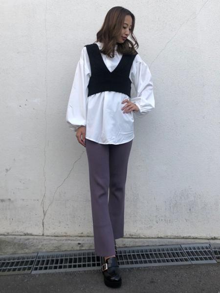 INGNIの7Gケーブルニットビスチェ+BL/SETを使ったコーディネートを紹介します。|Rakuten Fashion(楽天ファッション/旧楽天ブランドアベニュー)1053604