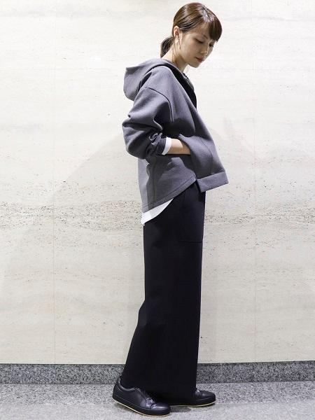 COMME CA ISMの《フェイクレザー》 ローカットスニーカーを使ったコーディネートを紹介します。|Rakuten Fashion(楽天ファッション/旧楽天ブランドアベニュー)1053949