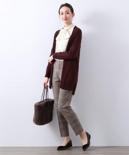 AMACAのキュートサテンボウタイブラウスを使ったコーディネートを紹介します。|Rakuten Fashion(楽天ファッション/旧楽天ブランドアベニュー)1054945