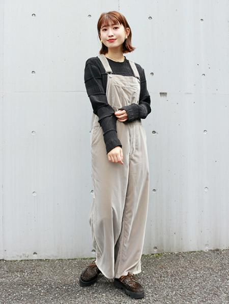 JOURNAL STANDARDのベルベットオーバーオール◆を使ったコーディネートを紹介します。|Rakuten Fashion(楽天ファッション/旧楽天ブランドアベニュー)1055397