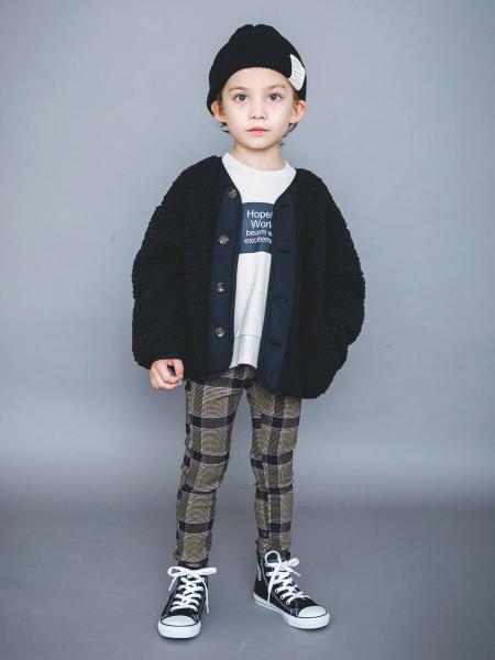 BRANSHESの【WEB限定】裾スリットトレーナーを使ったコーディネートを紹介します。 Rakuten Fashion(楽天ファッション/旧楽天ブランドアベニュー)1055419
