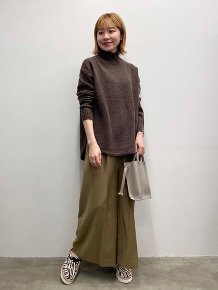 JOURNAL STANDARDのソモウウールワイドパンツ◆を使ったコーディネートを紹介します。|Rakuten Fashion(楽天ファッション/旧楽天ブランドアベニュー)1055625