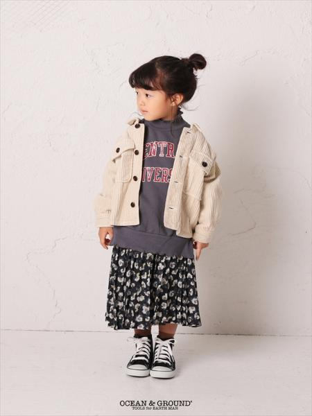 OCEAN&GROUNDのOCEAN&GROUND/総柄プリーツスカートを使ったコーディネートを紹介します。|Rakuten Fashion(楽天ファッション/旧楽天ブランドアベニュー)1055665