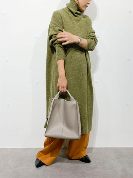 nano・universeの撚り杢ニットワンピースを使ったコーディネートを紹介します。|Rakuten Fashion(楽天ファッション/旧楽天ブランドアベニュー)1056122
