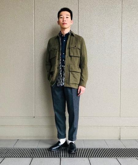 BEAMS MENのBEAMS PLUS / デニム ボタンダウン シャツを使ったコーディネートを紹介します。 Rakuten Fashion(楽天ファッション/旧楽天ブランドアベニュー)1056382