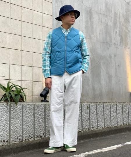 BEAMS MENのBEAMS PLUS / ミリタリートラウザー ヘリンボーンツイルを使ったコーディネートを紹介します。|Rakuten Fashion(楽天ファッション/旧楽天ブランドアベニュー)1056390