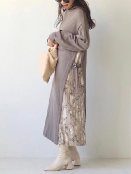 Bou Jeloudのサイドプリーツワンピースを使ったコーディネートを紹介します。|Rakuten Fashion(楽天ファッション/旧楽天ブランドアベニュー)1056639