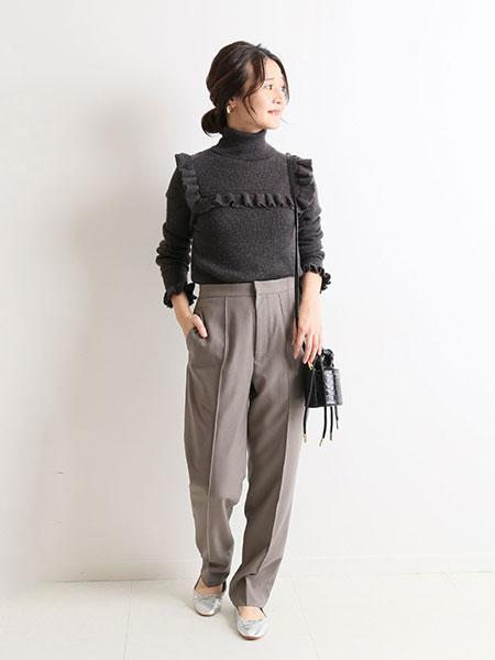 SLOBE IENAのタートルフリルプルオーバー◆を使ったコーディネートを紹介します。|Rakuten Fashion(楽天ファッション/旧楽天ブランドアベニュー)1057492