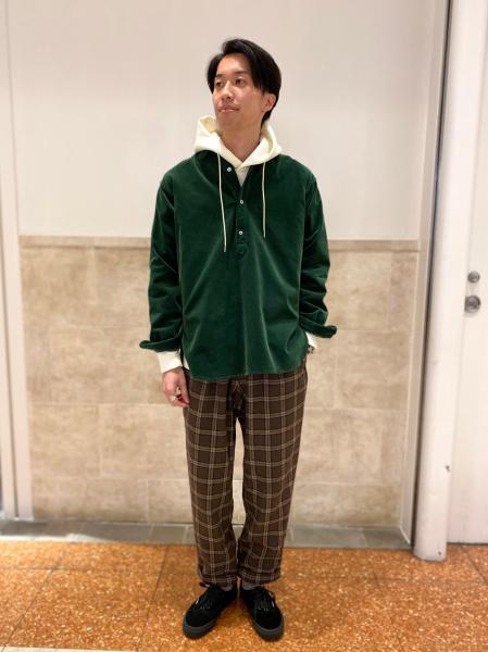 417 EDIFICEの【GRAMICCI / グラミチ】 ウールブレンド タックテーパード パンツを使ったコーディネートを紹介します。|Rakuten Fashion(楽天ファッション/旧楽天ブランドアベニュー)1058353